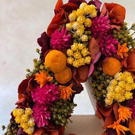 Letra de flores preservadas FALL
