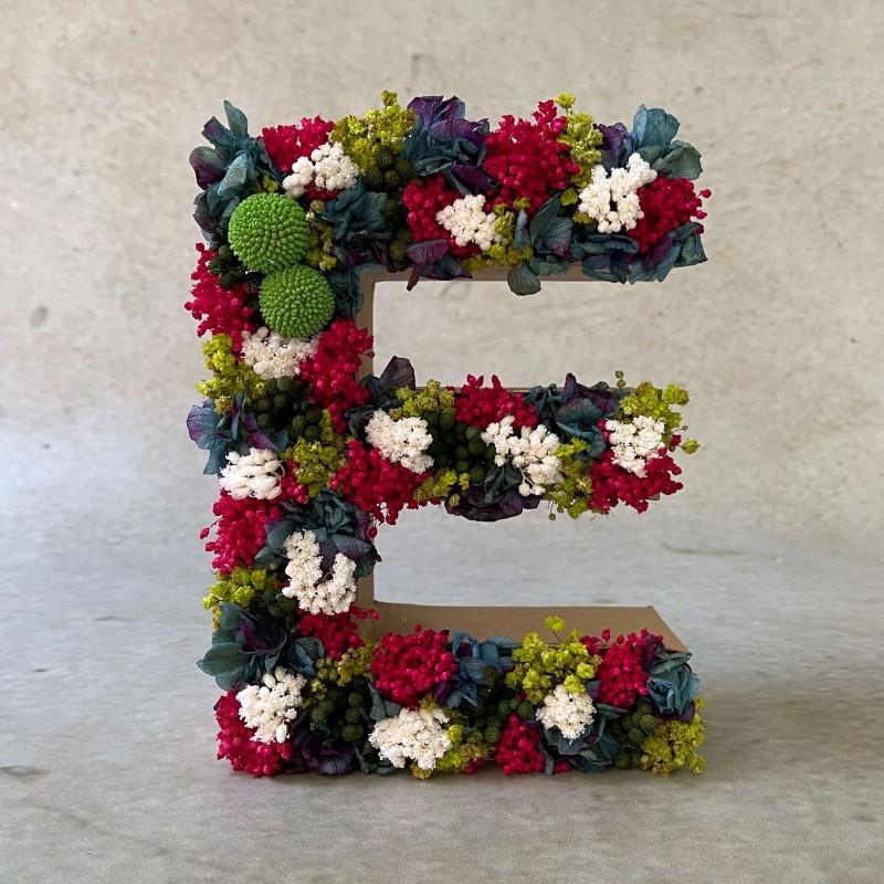 Letra de flores preservadas CONTRAST