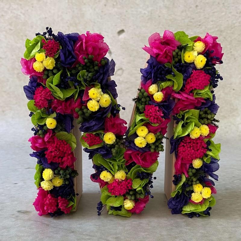 Letra de flores preservadas CARIOCA