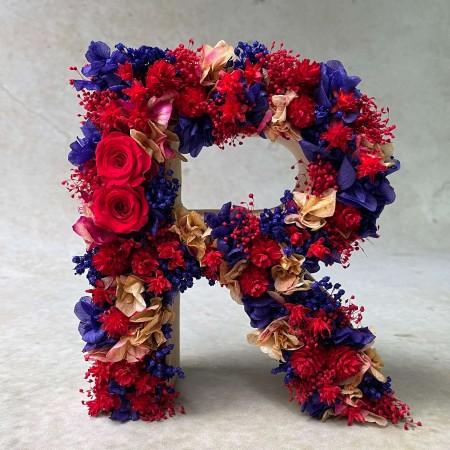 Letra de flores preservadas PURPLE