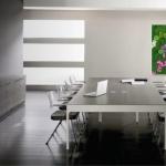 Despacho decorado con un panel ANE