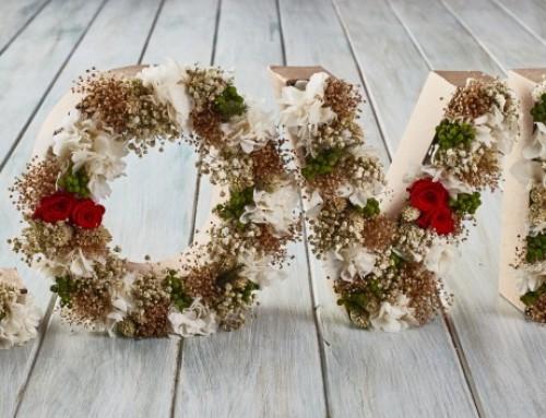 Letras de flores naturales preservadas:    lo último de flors & GO!