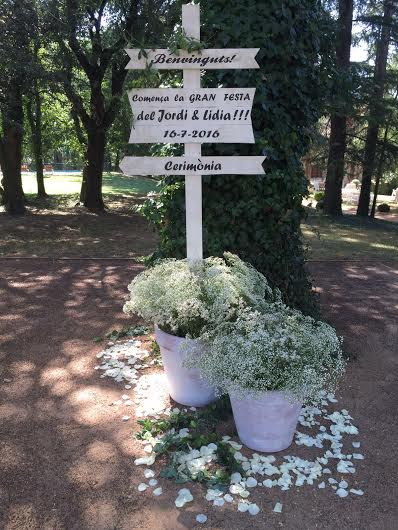 Decoración floral para bodas bienvenida