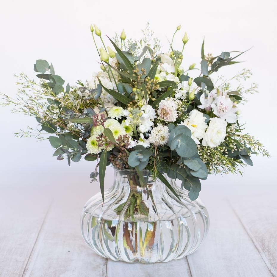 Ramo de flores temporada - Tonos blancos