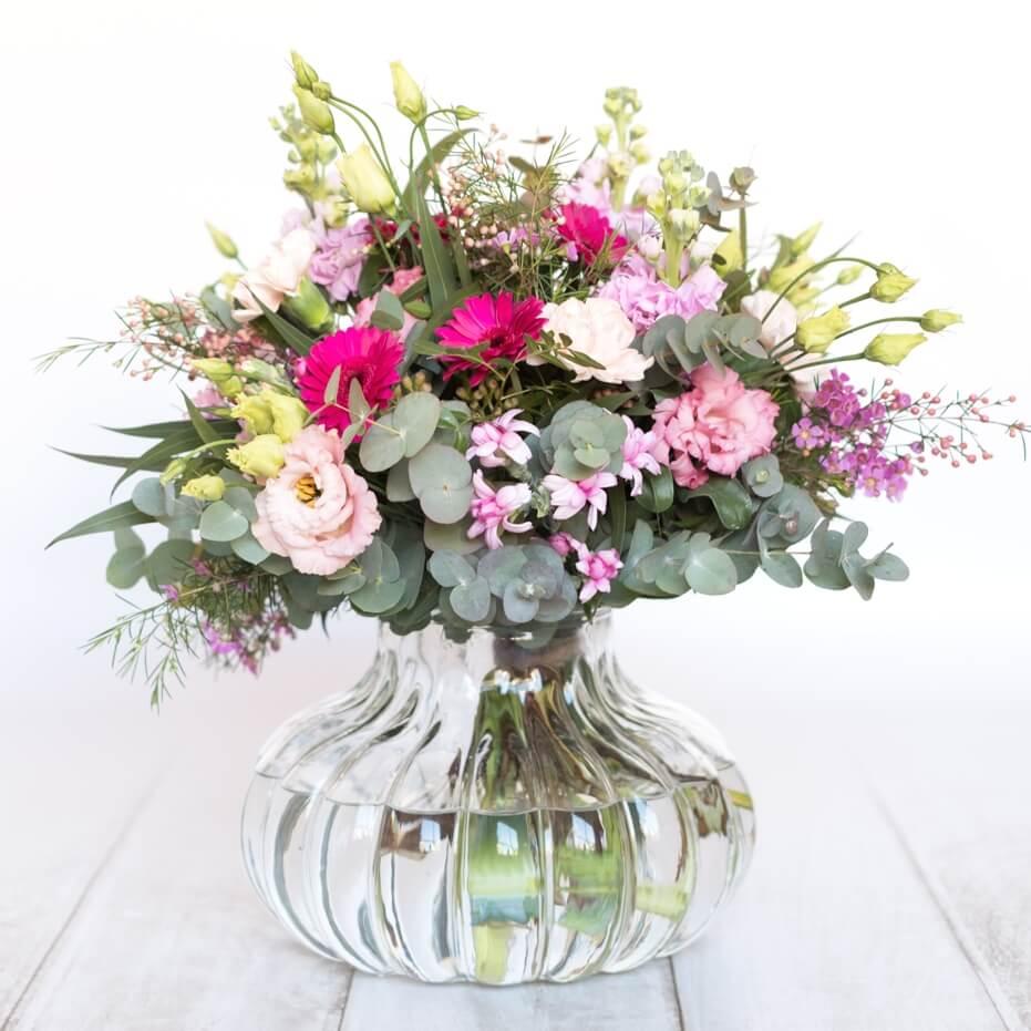 Ramo de flores de temporada - Tonos rosados